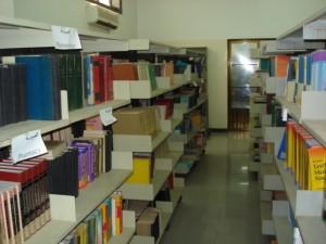 قسم المكتبات - رفوف كتب الاقسام العلمية المتنوعة و المتميزة4